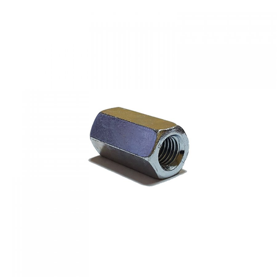 Гайка соединительная (переходная) DIN 6334 М 14х22х42 мм